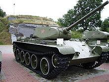 Т-54 — советский средний танк 220px-T-44