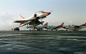 TA-4J Skyhawk landing on USS George Washington (CVN-73) 1999.jpeg