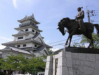 Tōdō Takatora - Statue of Tōdō Takatora at Imabari Castle.