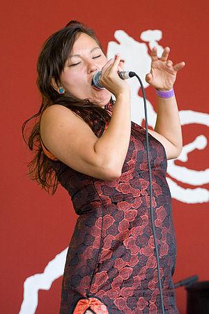 Tanya Tagaq - Tagaq performing in Edmonton in 2007