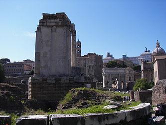 Temple of Vesta (Rome) 2.jpg