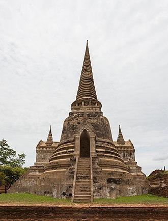 Ayutthaya Historical Park - Image: Templo Phra Si Sanphet, Ayutthaya, Tailandia, 2013 08 23, DD 02