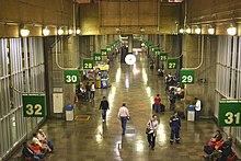 Terminal Rodoviário Tietê, o segundo maior terminal rodoviário do mundo.[202]
