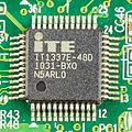 Terra Pad 1050 - ITE IT1337E-48D on mainboard-0641.jpg