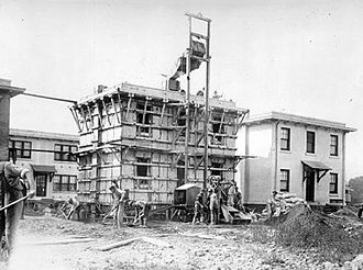 Edison Portland Cement Company - One of Edison's concrete houses under construction in 1919