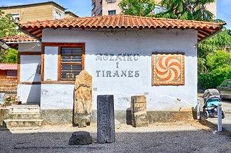 Tirana Mosaic - Image: Tirana, Albania 2017 04 Tirana Mosaic 03
