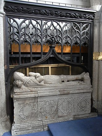 Callington - Tomb and effigy of Robert Willoughby, 1st Baron Willoughby de Broke (d. 1502), St Mary's Church, Callington, north wall of chancel