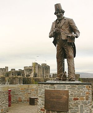 Tommy Cooper - Statue of Tommy Cooper, near the castle, in Caerphilly.