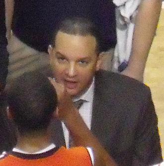 Tony Barbee - Barbee coaching in 2013