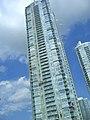 Toronto condo building 02 (224831554).jpg