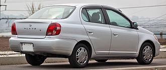 Toyota Platz - Pre-facelift: Toyota Platz sedan (Japan)