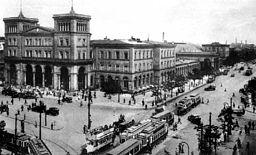Görlitzer Bahnhof , Unbekannt [Public domain], via Wikimedia Commons