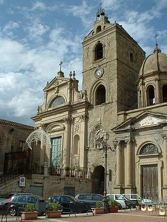 Troina - Image: Troina cattedrale Maria SS Annunziata e chiesa San Giorgio