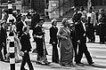 Troonswisseling 30 april 1980. Aankomst van de Koninklijke familie in de Nieuwe , Bestanddeelnr 930-8030.jpg