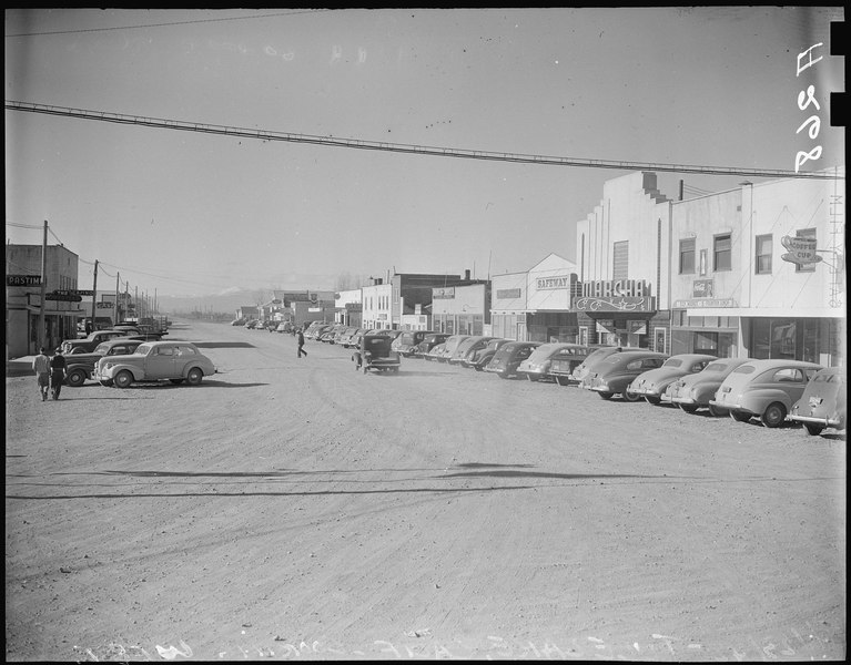 File:Tule Lake Relocation Center, Newell, California. View of main street of this town which is located ... - NARA - 536209.tiff
