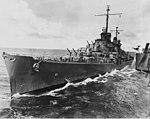 USS Atlanta (CL-51) underway at sea on 16 October 1942 (NH 97807).jpg