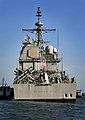 USS Bunker Hill 100401-N-RI884-350.jpg