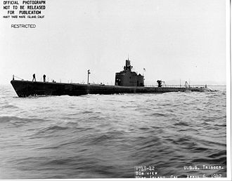 USS Trigger (SS-237) - Trigger (SS-237) underway off Mare Island Navy Yard, 6 April 1942.