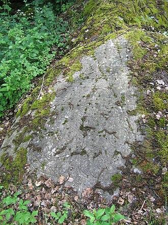 Hargs bro runic inscriptions - U 311.