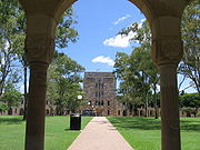 The Forgan Smith Building and the Great Court University of Queensland.