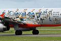 VH-VQP Airbus A320-232 Jetstar 'Gold Coast Titans' Logo-Jet (8748712491).jpg