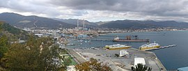 Il porto di Vado Ligure.