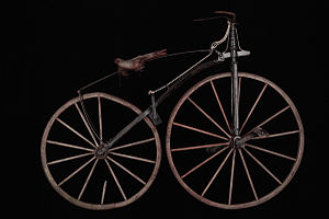 Michaux-Perreaux steam velocipede - The Michaux velocipede had a straight downtube and a spoon brake.