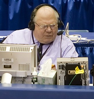 Verne Lundquist - Lundquist at the 2009 NCAA Tournament.