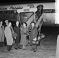 Vertrek vliegtuig Canadian Pacific naar Sydney, uit Vancouver via Schiphol, Bestanddeelnr 907-1786.jpg