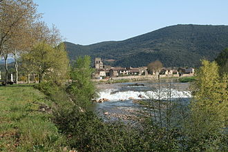 Villemagne-l'Argentière - General view from across the Mare River