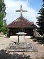 Villers-les-Pots, croix.JPG