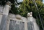 Volksgarten_Kaiserin-Elisabeth-Denkmal_Wien_Brunnen_1a_22-09-2013.jpg