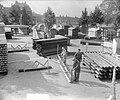 Voorbereidingen voor houttentoonstellling, Museumplein, Bestanddeelnr 905-9877.jpg