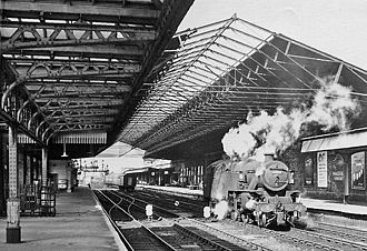 Wakefield Kirkgate railway station - View westward, towards Mirfield in 1966