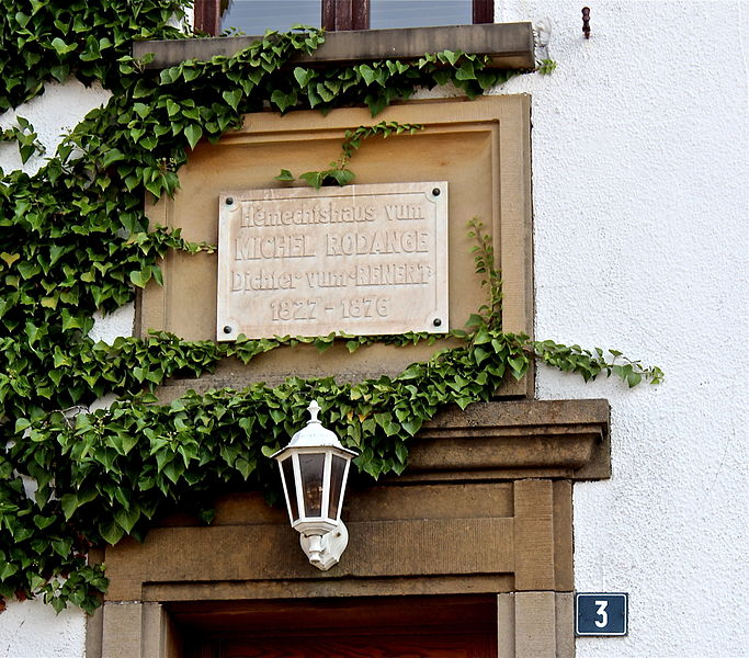 Home of Luxembourgish author Michel Rodange in Waldbillig, 3, rue Michel-Rodange: Commemorative plaque above the entrance door.