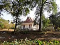 Wat Kampong Tralach Leu Vihara 04.jpg