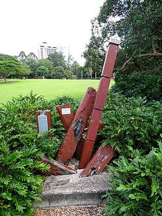 1974 Brisbane flood - Water level marker commemorating Brisbane floods in Brisbane City Botanical Gardens.