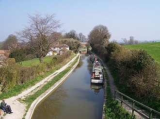 Wendover Arm Canal - The Stop Lock to Little Tring Bridge