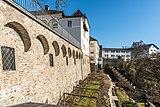 Wernberg Klosterweg 2 Kloster Wernberg Hofaußenmauer Teilansicht 06122016 5505.jpg
