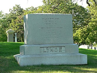 William Pitt Lynde - Gravesite in Forest Home Cemetery