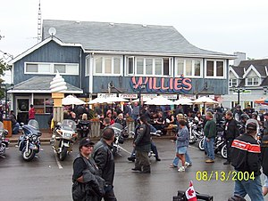 Port Dover, Ontario - Image: Willie's in Norfolk County