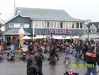 Communities in Norfolk County, Ontario - Willie's Restaurant in Port Dover on Friday, August 13, 2004.