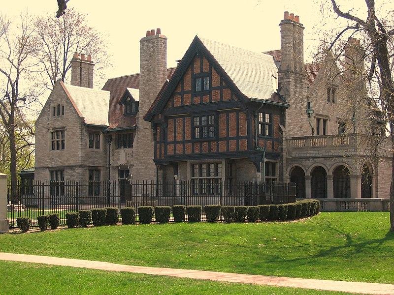 Willistead Manor - admire the architecture