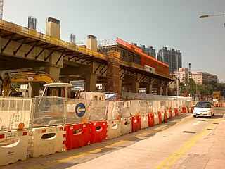 對於華富至香港仔一帶的居民而言,除非是前往西區,否則最便捷的選擇必然是經黃竹坑站轉乘南港島線東段到金鐘再轉車,「薄扶林段」的分流作用將會極為有限。 (圖片:Ceeseven@Wikimedia)