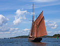 Wooden boat 8715.jpg