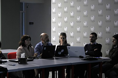 Workshop with representatives of Armenian museums, Wikimedia Armenia 03.jpg