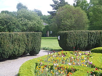 Pearse Museum - Image: Yew hedge, formal garden of Pearse Museum