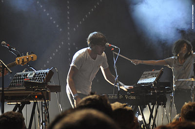 Picture of a band or musician: Yuksek