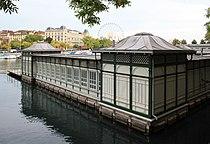 Zürich - Stadthausquai - Frauenbadi IMG 0416 ShiftN.jpg
