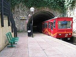 Zecca-Righi funicular at Carbonara station.jpg